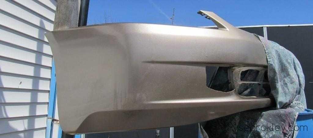 Покраска буфера с помощью аэрозоля после проведения подготовки