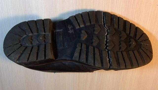Излом ботинка