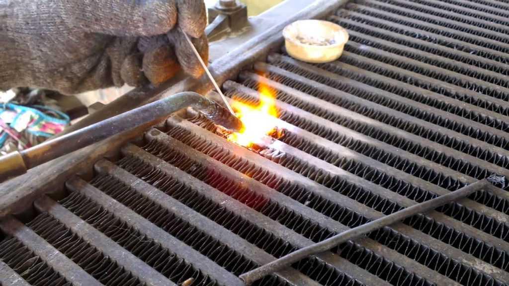 Горелка для нагрева поверхности детали авто
