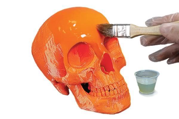 Покраска игрушечного черепа