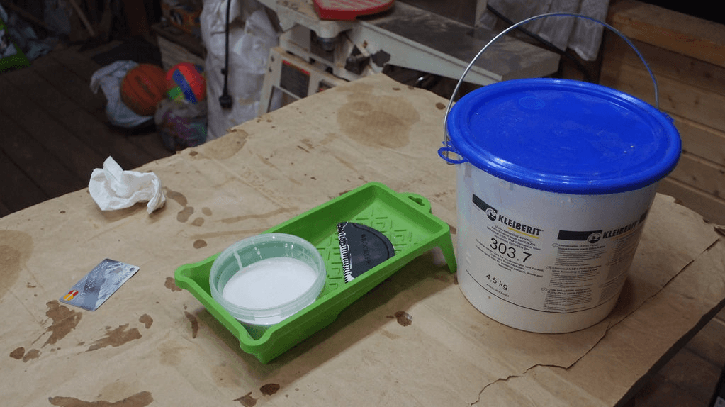 Рабочий процесс по склейке материалов фото