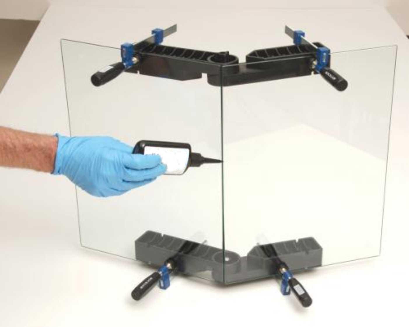 Как правильно склеить стекло со стеклом?