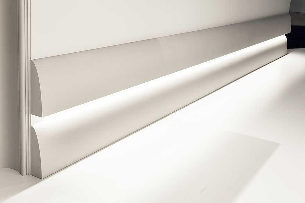 Накладка на стену из пластика с подсветкой