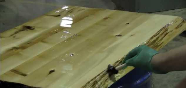 Покрытие дерева раствором силикатов натрия